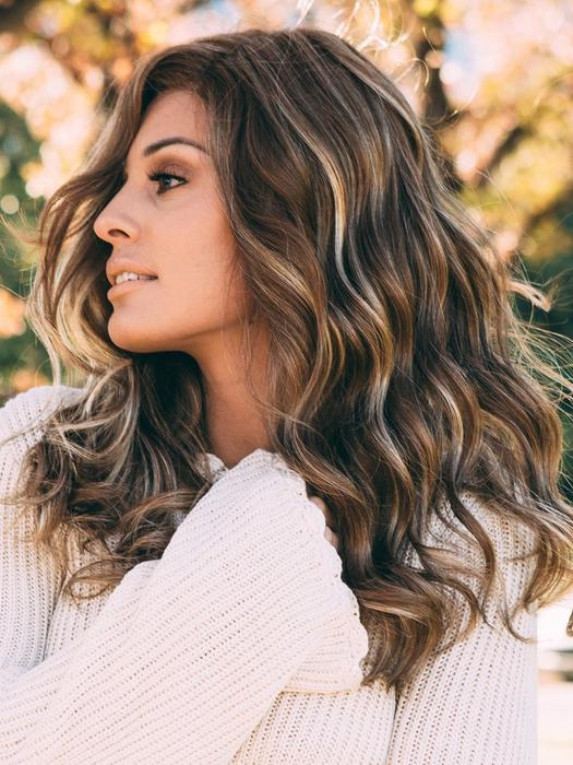 Women's Blonde Wavy Synthetic Lace Front Wig Hand-Tied By Rooted