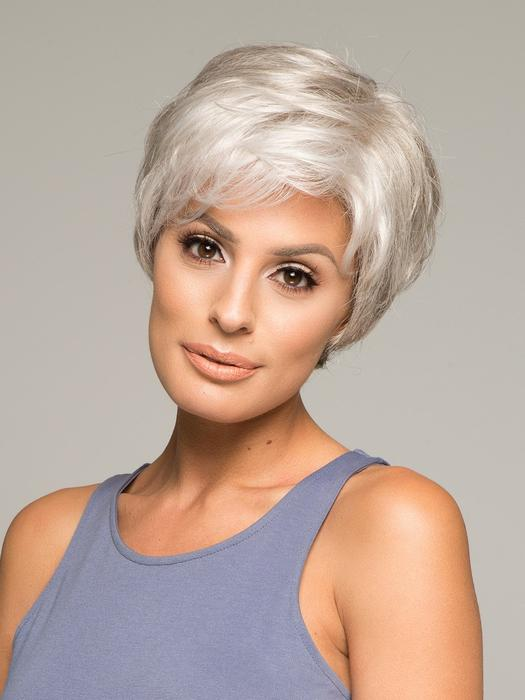 Women's Straight Blonde Synthetic Lace Front Wig Hand-tied